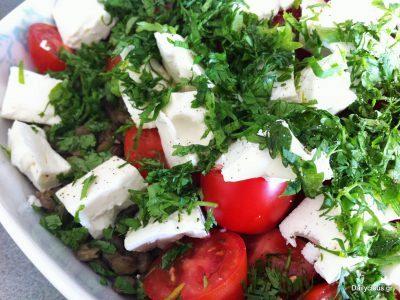 σαλάτα με φακές, ντομάτα και φέτα
