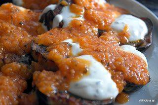 Τηγανητές Μελιτζάνες με σάλτσα ντομάτας και γιαούρτι