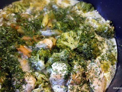 πέννες με μπρόκολο, κοτόπουλο κι άνηθο