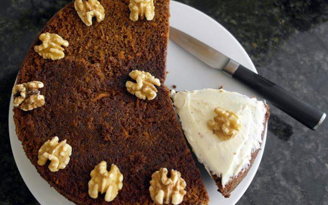 Κέικ καρότο με γλάσο τυριού