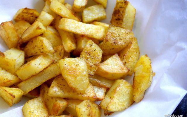 Πατάτες τηγανητές στο φούρνο
