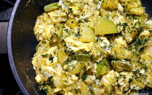 Αυγά με κολοκυθάκια