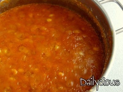 Legumes in tomato sauce
