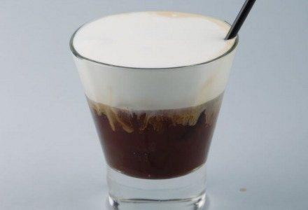 Φρέντο (freddo cappuccino)