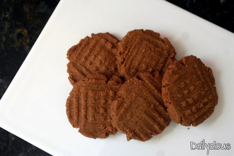 Μπισκότα σαμπλέ με φουντούκια