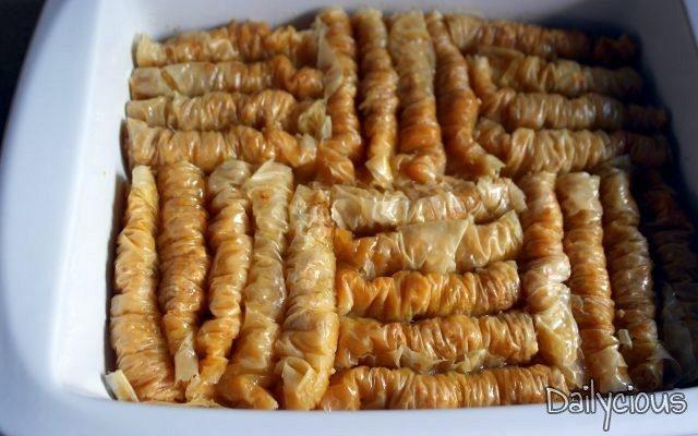 Σαραγλάκια – Μπακλαβαδάκια (Νηστίσιμα)