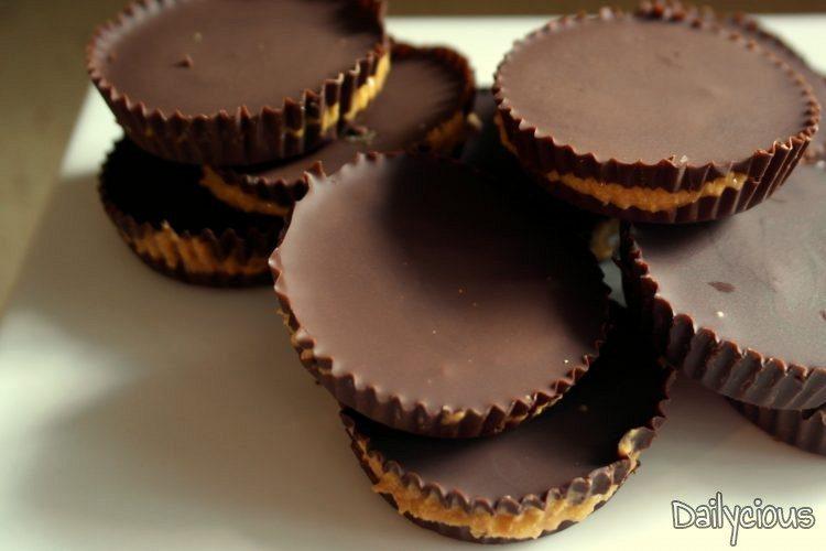 Γεμιστά Σοκολατάκια με Φιστικοβούτυρο