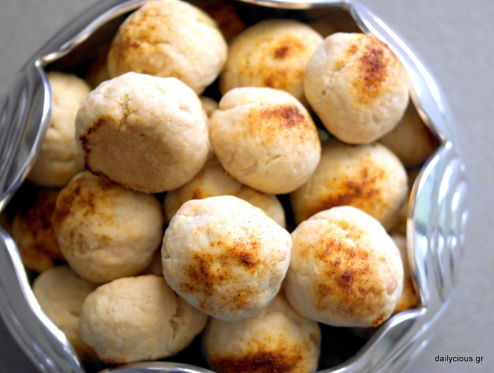 Τα Αλμυρά Μπισκότα με Κασέρι και Πάπρικα.